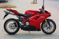 新到08款 杜卡迪1098-R 红色 全车多处碳纤维覆盖件 十二万余元