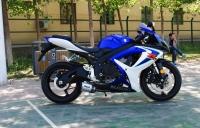 2007款铃木 GSX-600 改装兄弟排气 蓝白色 铃木小R 成色新价格合适
