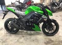 新到2013款川崎Z1000 高配带ABS 绿色 黑色 两种可选,几乎全新