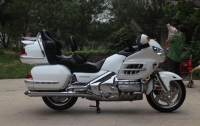 本田金翼1800,30周年纪念版,改装件多多,白色