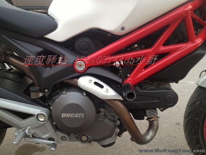 09年 杜卡迪 696 白红小怪兽,非常完整 经典红白 Monster 696图片 2