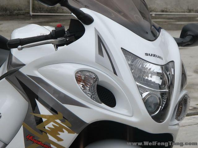 2008款铃木隼GSX1300R ,改装碳纤维吉村排气 白色喷漆 6000多公里 成色新 Hayabusa图片 1