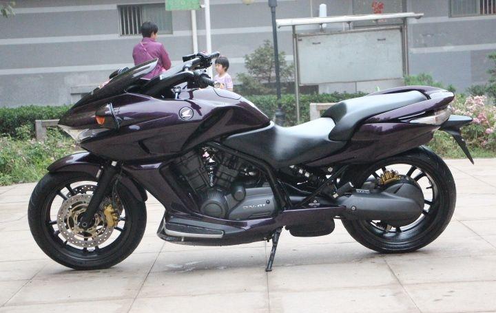 新到本田大鲨鱼,本田dn-01,成色新,车况佳 带abs刹车系统 紫色 图片 0