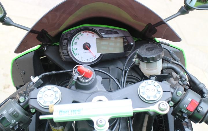 2011年ZX-6R 川崎 绿色跑车 黄金排量 Ninja ZX-6R图片 2