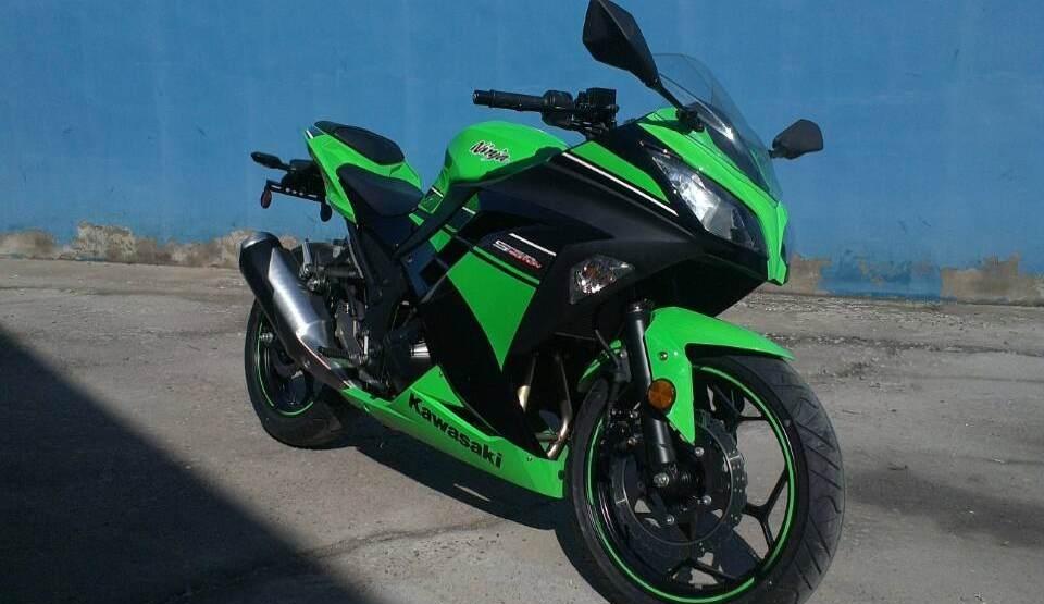 款川崎Ninja 250R摩托车图片1