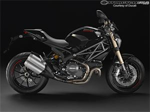 杜卡迪Monster 1100 EVO摩托车