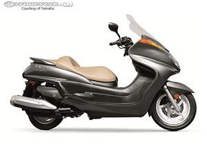 2013款雅马哈Majesty摩托车