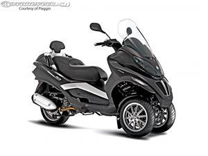 比亚乔MP3 250摩托车