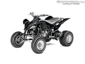雅马哈YFZ450摩托车